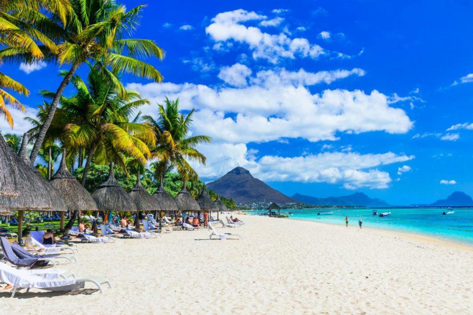 Personnes âgées à l'île Maurice : passer par une agence de voyages